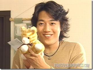 kyung-min ve gıcık olduğu kedi