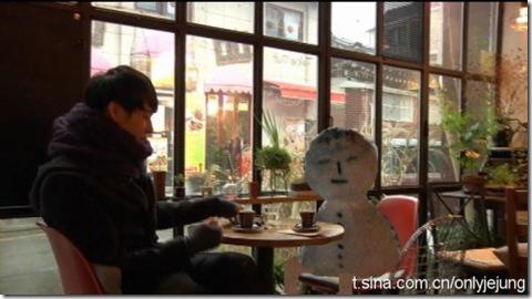 micky yoo-chun sıcacık kız arkadaşıyla
