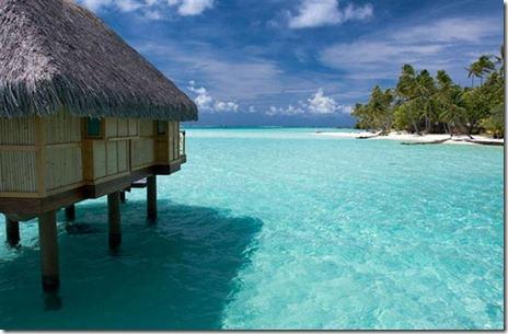 bora bora adası bungalov